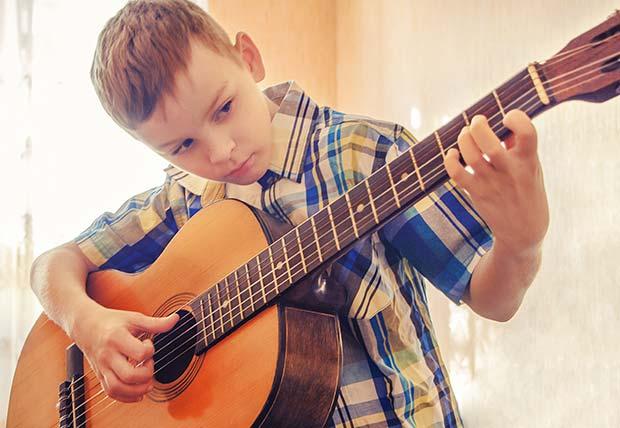 Corsi di chitarra per bambini - Pordenone